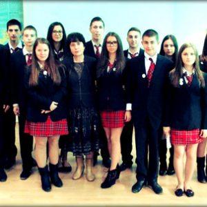 """По оригинален начин, ученици от НПГ """"Димитър Талев"""" отбелязаха 100 години от смъртта на Яворов"""