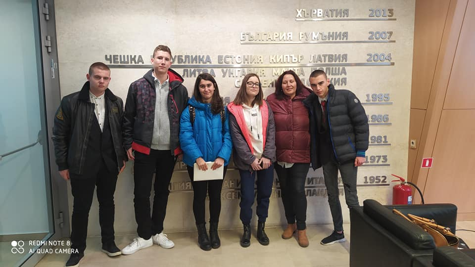 НПГ  репортерите надграждат професионални умения в национален практически семинар по журналистика