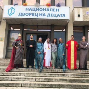 """Спектакълът на НПГ """" Димитър Талев""""  """" Кръстопът"""" на Софийска сцена"""